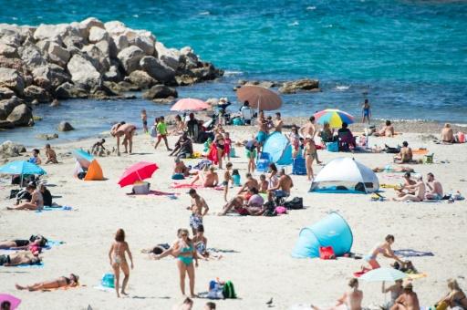 La fréquentation touristique en France rebondit après un début d'année morose dû aux