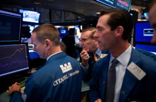 Wall Street en baisse, lestée par les déclarations de Trump