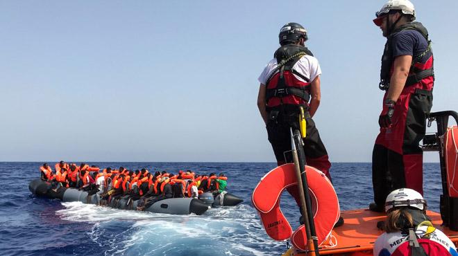 Méditerranée: 85 migrants sur l'Ocean Viking, Richard Gere sur l'Open Arms