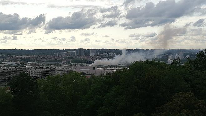 Le recypark de Forest à nouveau en feu: