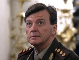 Argentine: l'ex-chef de l'armée acquitté pour des crimes sous la dictature