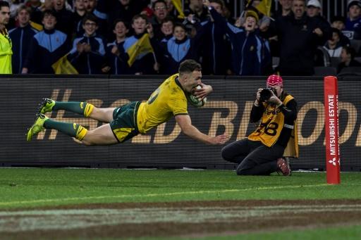 Rugby: les All Blacks corrigés par l'Australie 47-26 à six semaines du Mondial