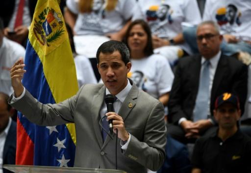Venezuela: Guaido accuse l'Assemblée consituante de vouloir dissoudre le Parlement