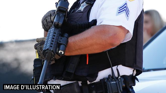 USA: un policier décède dans une fusillade sur une autoroute en Californie