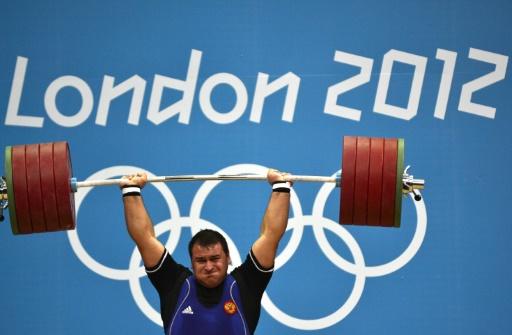 Dopage: 5 haltérophiles russes suspendus à partir des données du laboratoire de Moscou (IWF)