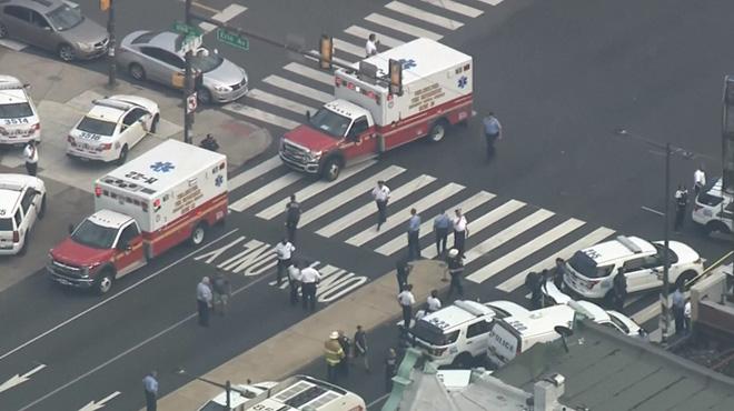 Fusillade à Philadelphie: un homme tire par la fenêtre d'un immeuble et blesse 6 policiers