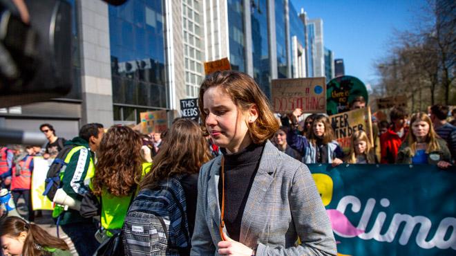 Anuna De Wever, l'une des figures des marches pour le climat, menacée de mort au Pukkelpop