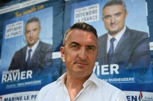 Son visage flouté dans le journal La Provence, un sénateur RN proteste