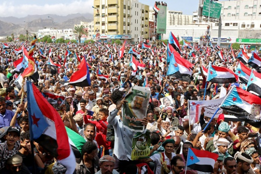 Yémen: les séparatistes se retirent de certaines positions à Aden