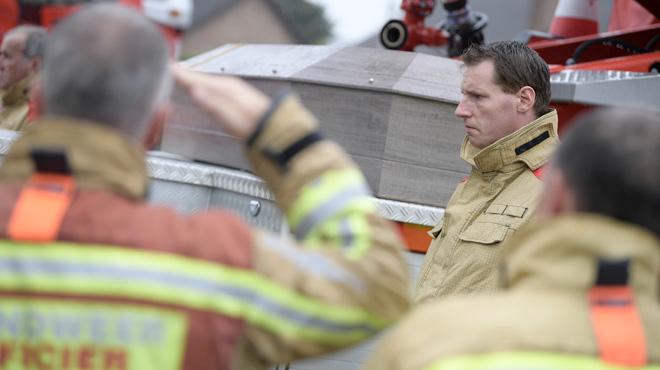 Décès de deux pompiers à Beringen: dernier hommage émouvant dans leur caserne