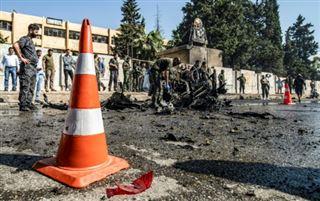 Syrie- un policier tué dans un attentat à la voiture piégée à Qamishli