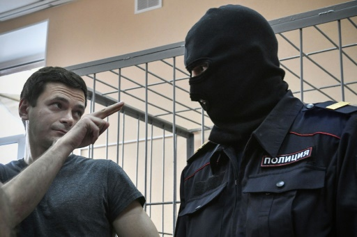 Russie : à peine libéré, un leader de l'opposition de nouveau arrêté