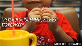 La fillette intoxiquée au détergent dans un restaurant en France ne peut toujours rien avaler 4