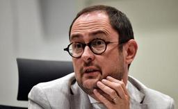 L'ex-ministre Van Quickenborne porte plainte pour calomnie contre le Vlaams Belang