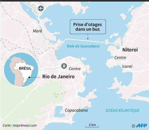 La police abat un homme ayant pris en otages les passagers d'un bus à Rio