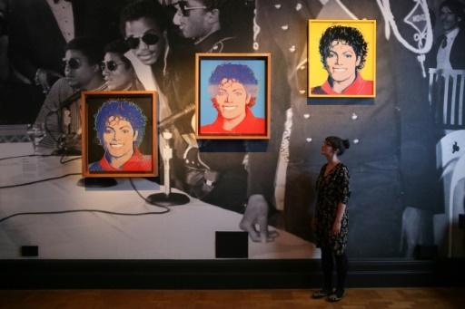 L'exposition sur Michael Jackson ouvre en Finlande malgré les controverses