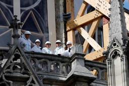 Incendie à Notre-Dame de Paris: préparatifs en cours pour la décontamination des particules de plomb sur le parvis