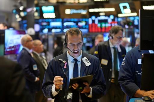 Wall Street passe dans le rouge après avoir ouvert en hausse