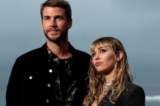 Sur Twitter, Miley Cyrus réfute les rumeurs d'infidélité envers Liam Hemsworth