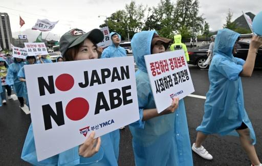 Infos militaires: Séoul consent à partager avec Tokyo, mais via les USA