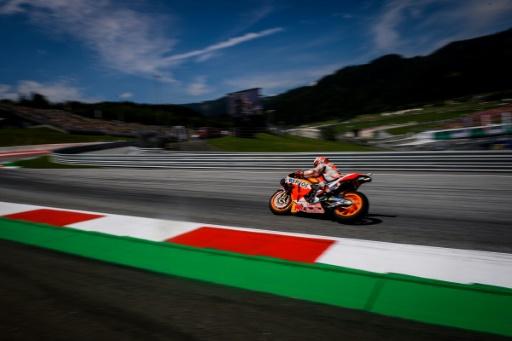 MotoGP: Marquez encore en pole en Grande-Bretagne devant le vétéran Rossi