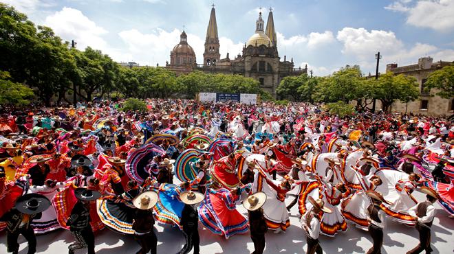 Mexique: record du monde de danse folklorique