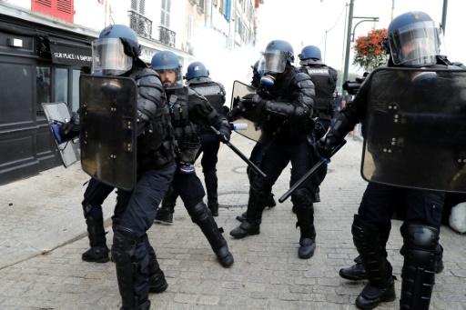Les anti-G7 invoquent le dispositif policier