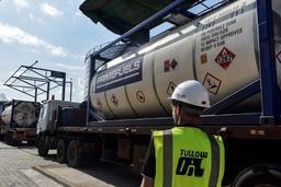 Le Kenya exporte ses premiers barils de pétrole