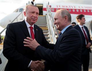 A Moscou, Erdogan et Poutine se disent inquiets pour Idleb