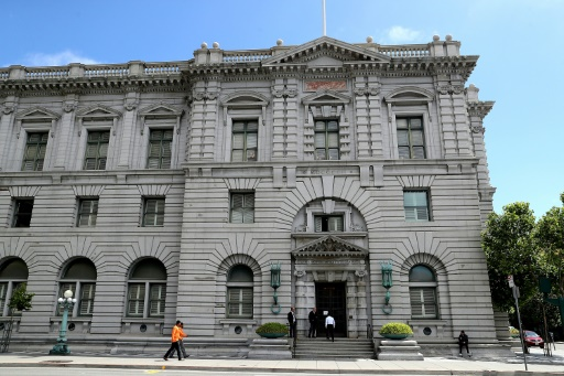 Un Etat américain condamné à faire opérer une détenue transgenre pour