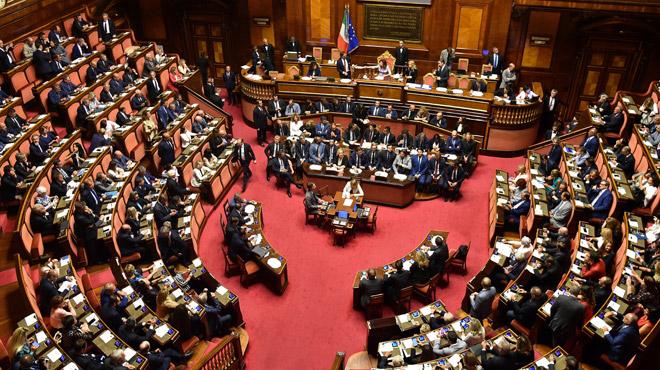 Journée cruciale en Italie: vers un mariage de raison pour la formation d'un nouveau gouvernement?