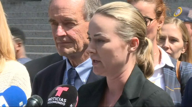 Une victime présumée d'Epstein décrit l'enfer qu'elle a subi: après avoir été violée,