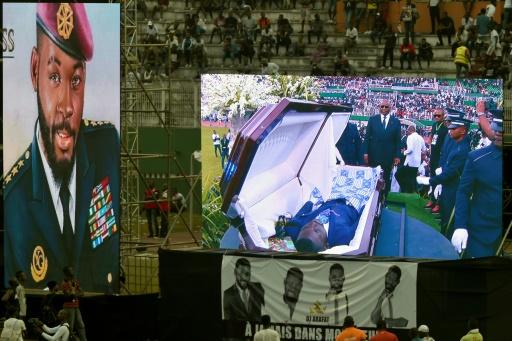 Côte d'Ivoire: la tombe de DJ Arafat ouverte par des fans