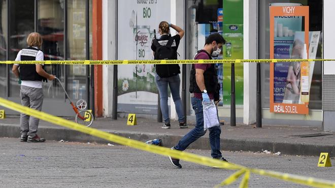 Attaque au couteau près de Lyon: le suspect dit avoir