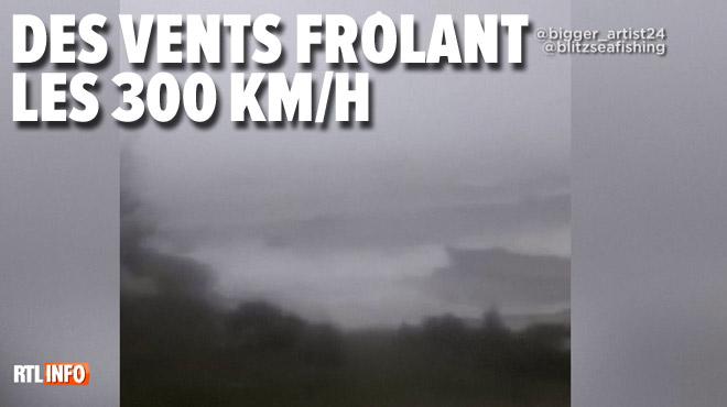 Le puissant ouragan Dorian s'abat sur les Bahamas: