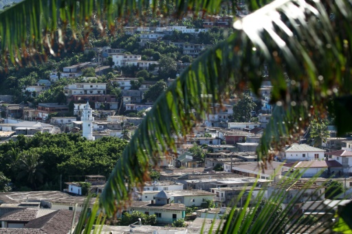 Un jeune homme meurt lapidé devant un lycée à Mayotte
