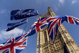 Semaine houleuse attendue à Westminster, Boris Johnson durcit le ton