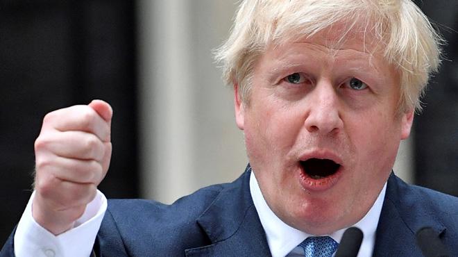 Boris Johnson plus ferme que jamais avant un vote décisif: