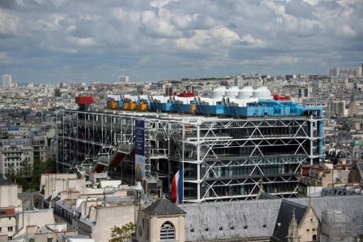 Un pochoir de Banksy volé aux abords du Centre Pompidou