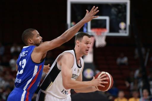 Mondial de basket: les Allemands surpris par les Dominicains et presque éliminés