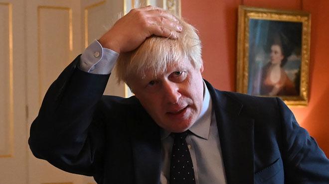 Sa majorité ne tenait qu'à une voix: Boris Johnson perd sa majorité absolue au Parlement après la défection d'un député