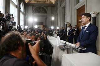 L'Italie se dote d'un nouveau gouvernement après un mois de crise