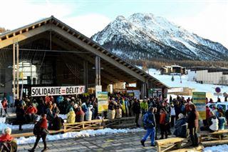 On sait que tu étais là- les militants pro-migrants harcelés par la police dans les Alpes