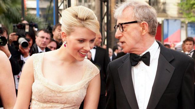 Woody Allen accusé d'abus sexuels: Scarlett Johansson prend sa défense