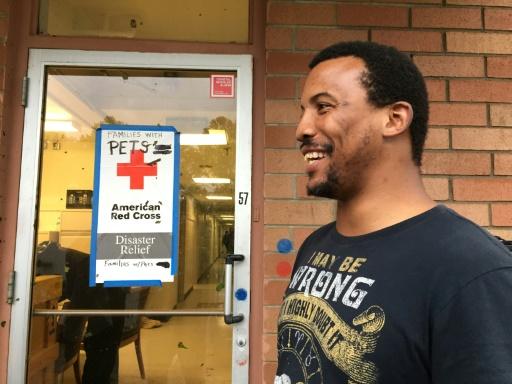 Même Dorian passé, des habitants de Charleston restent prudemment dans les refuges