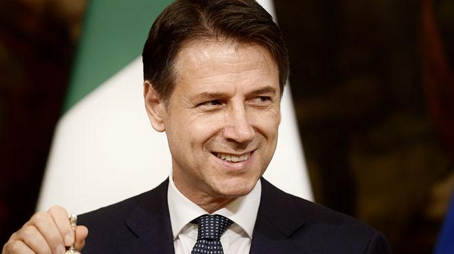 L'Italie se dote d'un nouveau gouvernement après un mois de crise: et maintenant?