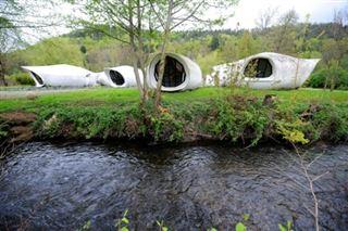 Vosges- les maisons-bulles Häusermann adjugées 360.000 euros