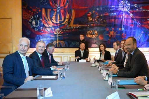Réforme des retraites: deux jours de concertation sans union à Matignon