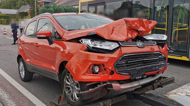 Collision entre deux voitures à Fleurus: une personne gravement blessée