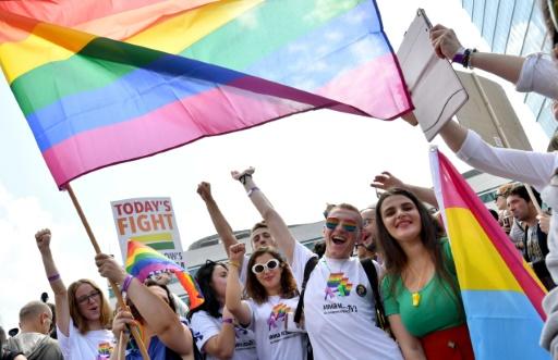 Le centre de Sarajevo bouclé par la police pour sa première Gay pride